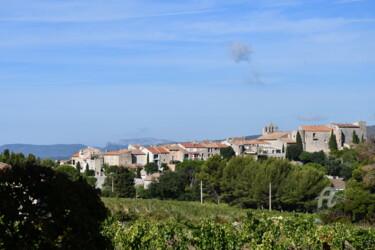 le castellet village vue de dos